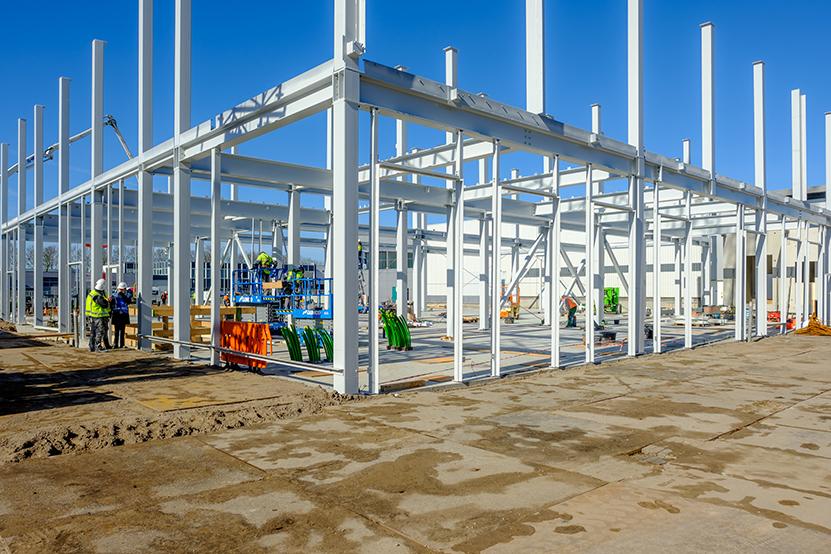 Van Muijen Betonbouw werkzaamheden op de bouwplaats