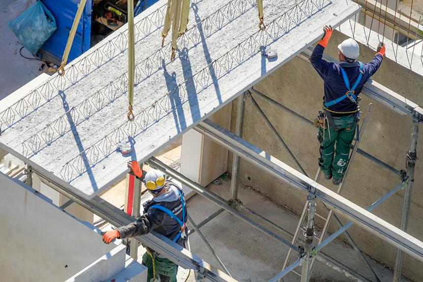 Van Muijen Betonbouw medewerkers op de bouwplaats